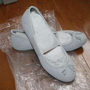 NWT SHOES GRAY WHITE SUEDE BALLET FLATS Sz 7.5